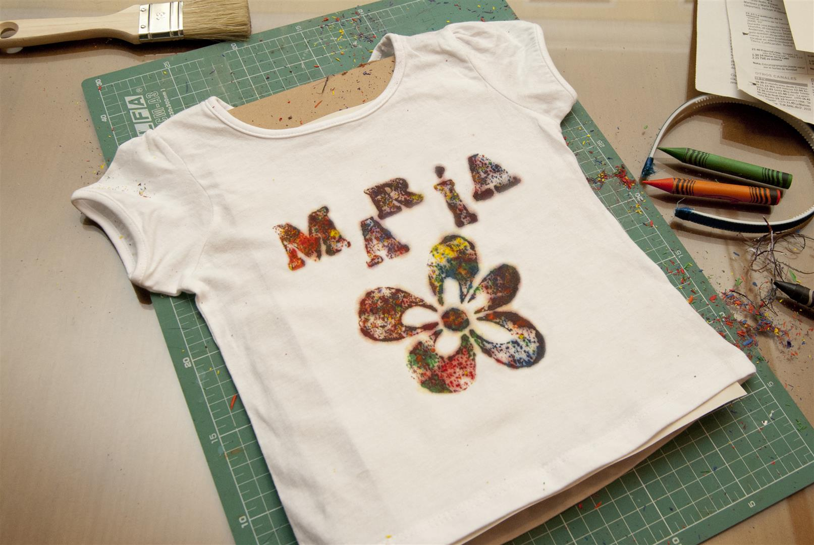Pintar Una Camiseta Con Ceras De Colorescustom Colored Shirt With