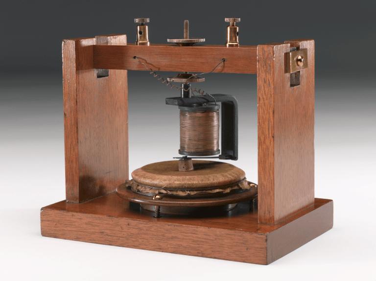 La Invencion Del Telefono The Invention Of Telephone